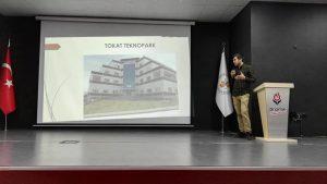 Tokat Teknopark girişimci adayları ve Mekatronik Mühendisliği öğrencileri İHA alanındaki çalışmalarını Dinamik okulları öğrencileriyle paylaştı.