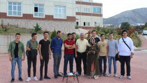 Tokat Atatürk Anadolu Lisesi kurumumuzu ziyaret ederek bilgiler aldı.Öğrencilerimiz Teknoloji Geliştirme Bölgemizdeki bazı firmalarımızı gezerek yapılan Ar-Ge çalışmalarını inceledi.