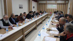 Üniversitemizin Dekanları, MYO ve Yüksekokul Müdürleriyle bir araya gelerek istişare toplantısı düzenledik.