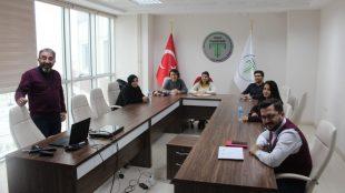 ANKABİGG kapsamında Ankara Üniversitesi ile imzaladığımız protokol sonucunda katılımcılarımıza verilen eğitimin 2. gününde Doç. Dr. Yücel EROL tarafından Stratejik Yönetim Eğitimi, Dr. Öğr. Üyesi İsmail TUNA tarafından ise Finansal Kaynaklara Erişim Eğitimi verildi.